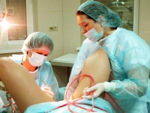 Как проводится чистка эндометрия матки