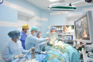 Полостная операция по удалению миомы